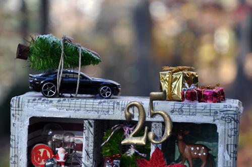 ChristmasBox-top-148K