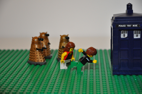 Apple Camp scene - running away from the Daleks to a TARDIS